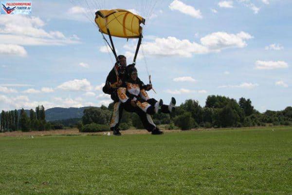 Anbieter Fallschirmspringen Bayern