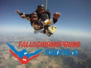 Fallschirm Tandemspringen Bayern