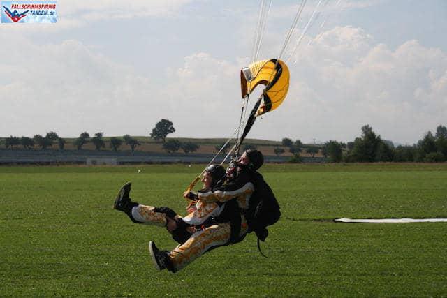 Jeder kann Fallschirmspringen