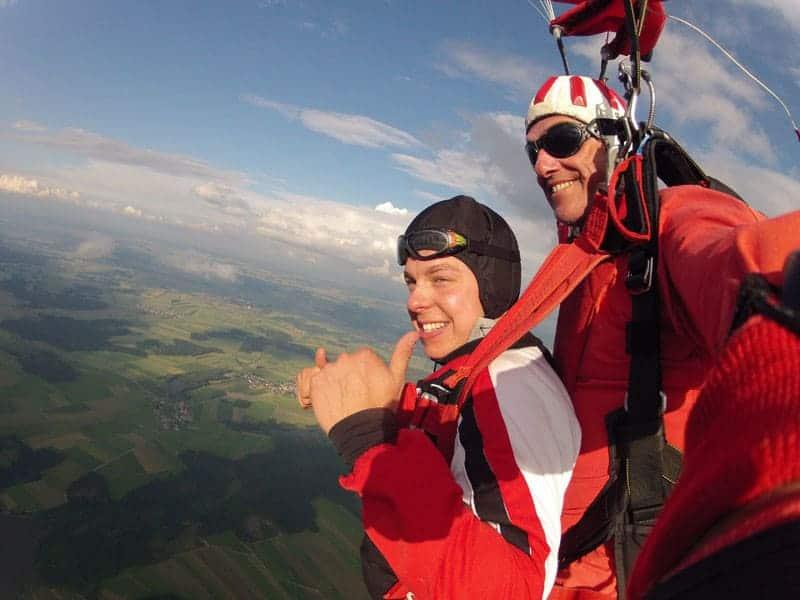 Fallschirmspringen Günter aus Krems Tandemsprung Österreich