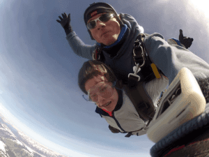 Fallschirmspringen Kinder