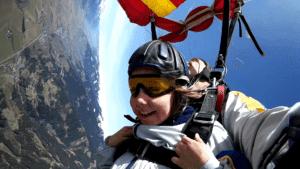 Kinder Fallschirmspringen Tandem