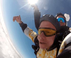 Fallschirmspringen Erlangen Tandemsprung Kunde