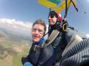 Fallschirmspringen Halle Kunde Tandemsprung