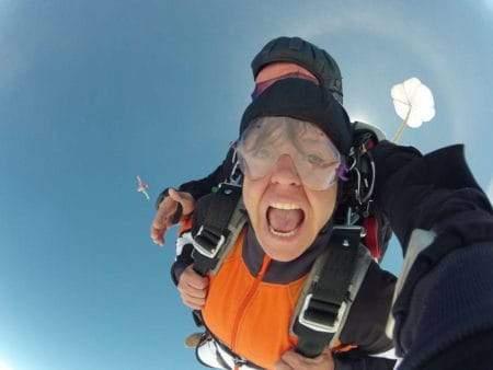 Fallschirmspringen Tandemsprung Bach Dagmar