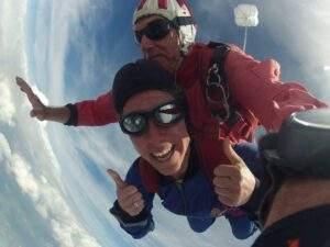 Fallschirmspringen München Tandemsprung Marika