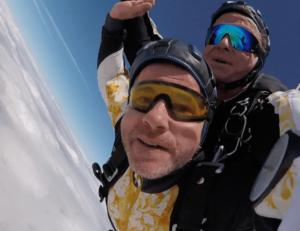 Fallschirmspringen München Tandemsprung Andreas