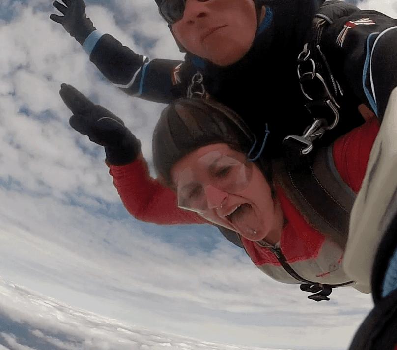 Tandemsprung Nürnberg Fallschirmspringen Miriam