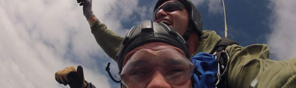 Fallschirmspringen Neustadt Glewe Mecklenburg Vorpommern Tandemsprung