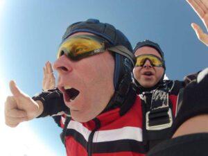 Fallschirmspringen Viechtach Freifall Anbieter Tandemsprung