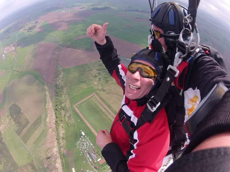 Fallschirmsprung Flugplatz Klattau am offenen Fallschirm