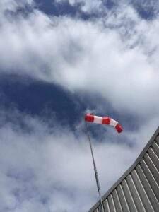 Fallschirmspringen wegen Wind und Wolken abgesagt