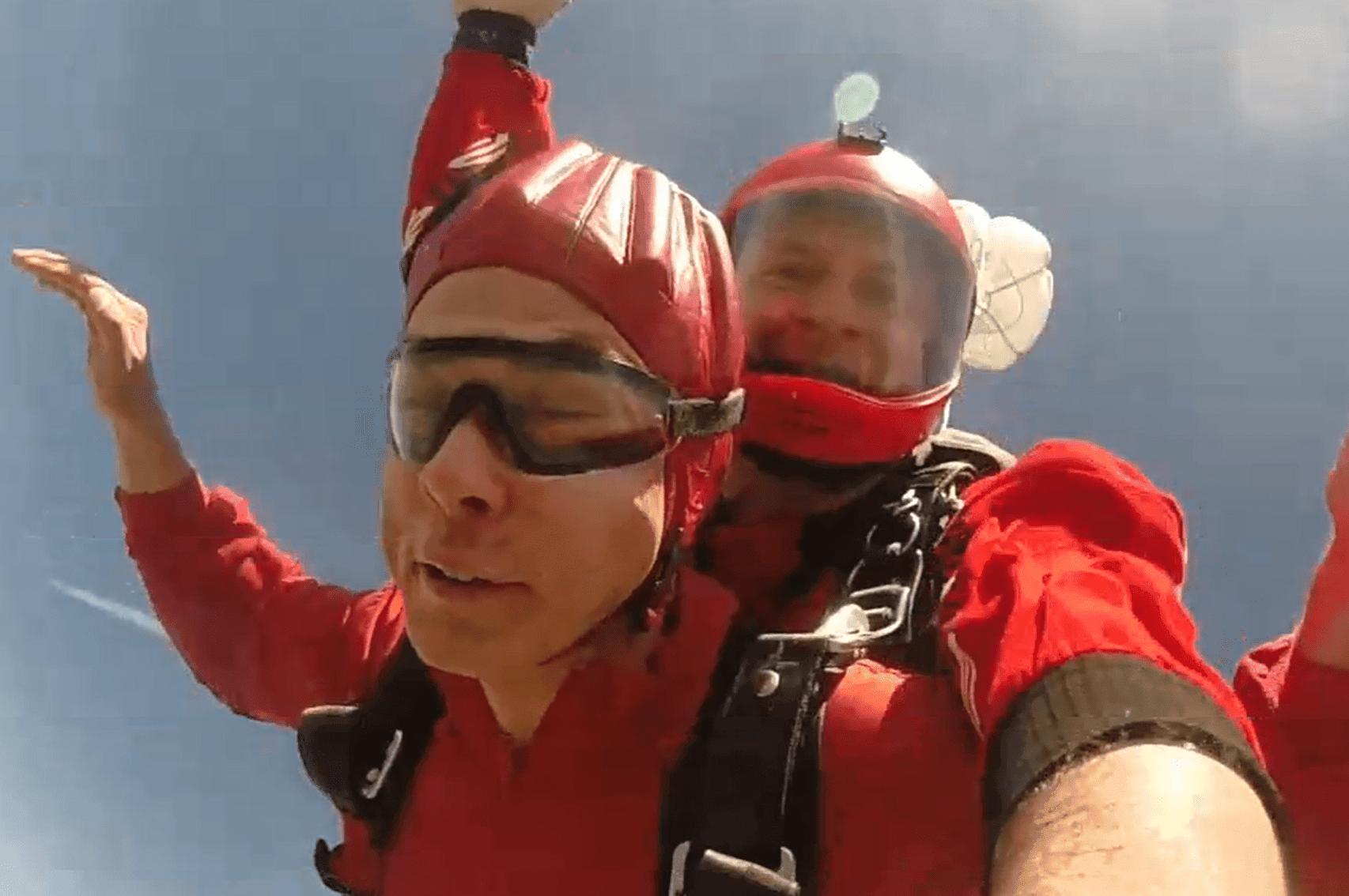Bayern Fallschirm Tandemsprung Kunde Altdorf