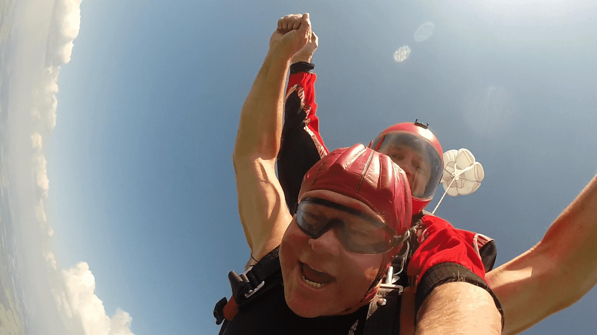 Fallschirmsprung Freifall Geschenk Bayern
