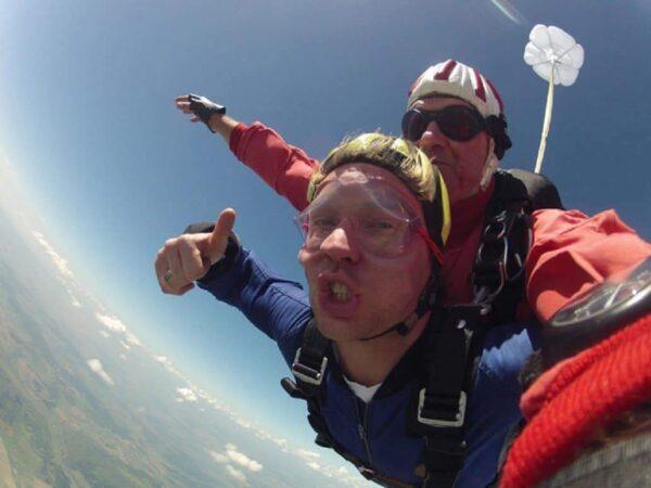 Oberösterreich Geschenkidee Fallschirm Tandemspringen