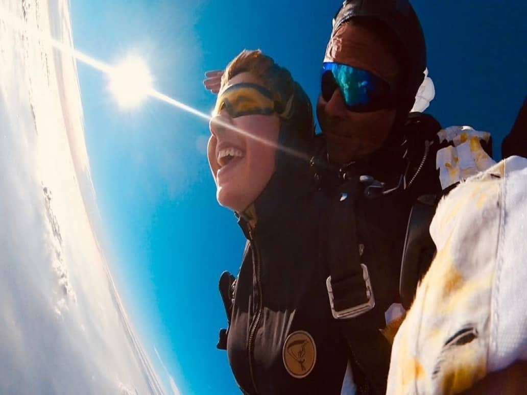 Bayern und Skydiving mit Fallschirmsport Schatt