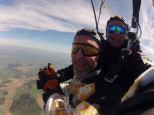 Freifall über Österreich als Tandemsprung Gast