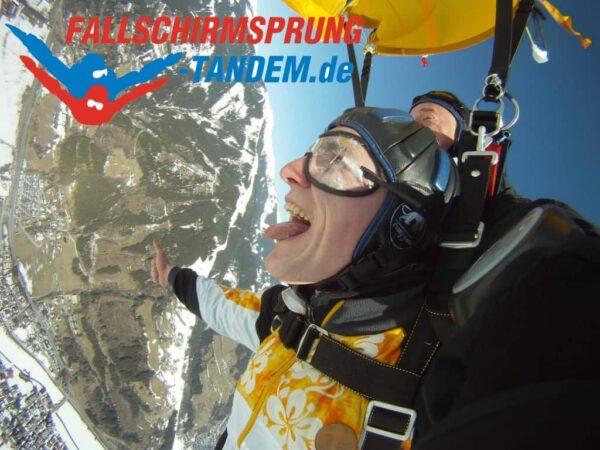 Fallschirm springen Österreich Tandemsprung Geschenk Gutschein