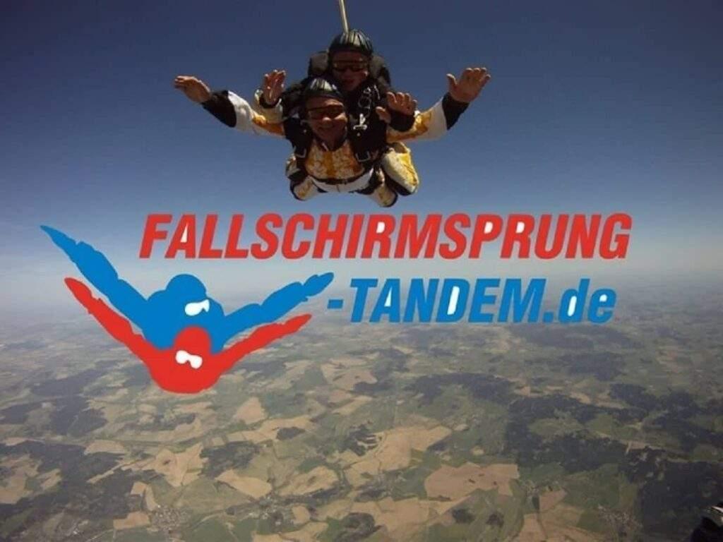 Tandem Fallschirmspringen Hessen Gutschein Kassel Calden Geschenk